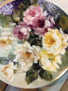 Porcelain painting by Suppawan Duangsuwan