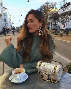 Watch and command live girls for free on FreeBestCams . Fashion Kids, Look Fashion, Fashion Outfits, Womens Fashion, Fashion Clothes, Casual Chique, Foto Casual, Classy Outfits, Fall Outfits
