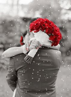 snowing by GIF Tumblr  #love #valentine #romantic #gentlemen #red #roses #gif