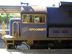 Spoornet locomotive in Grahamstown, South-Africa National Art, Nelson Mandela, Art Festival, Locomotive, South Africa, Trains, Cape, Explore, Architecture