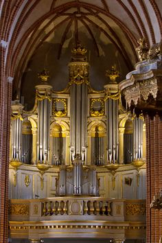 Magnifiscent Organ by parallel-pam on DeviantArt Cathedral Architecture, Sacred Architecture, Amazing Architecture, Organ Music, Church Pictures, Vintage Menu, Wedding Stage Decorations, Cathedral Church, Place Of Worship