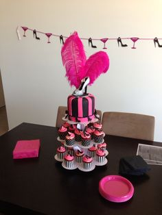Nakes hens party cake turned out absolutely perfect... Theme was hot pink n black glam!