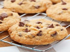 Original American Cookies au Thermomix Chocolate Chip Cookies, Raisin Cookies, Chocolate Chip Recipes, Healthy Chocolate, Homemade Chocolate, Chocolate Chips, Pudding Cookies, Biscuits Aux Raisins, Cookies Et Biscuits