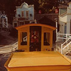 Mine Train to Nature's Wonderland Disney Day, Disney Magic, Disney Parks, Walt Disney World, Disney Theme, Disneyland Rides, Disneyland Hotel, Vintage Disneyland, Grand Canyon Train