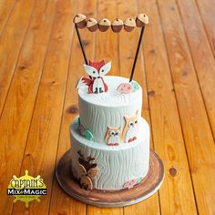 Fox & Friends Cake 2 Layer Cakes, Friends Cake, Forest Creatures, Rustic Theme, Cake Art, Wordpress Theme, Fox, Desserts, Tailgate Desserts