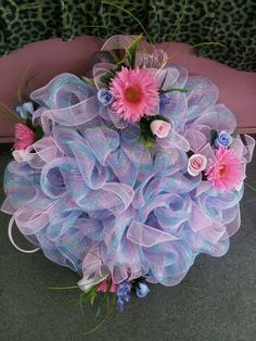 Mesh wreath