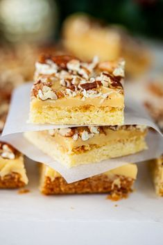 Buttery shortbread topped with a layer of caramel and pecans. Delicious Cookie Recipes, Easy Cookie Recipes, Fudge Recipes, Yummy Cookies, Chocolate Recipes, Easy Desserts, Cake Recipes, Yummy Food, Pecan Cookies