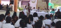 """""""Leo, luego existo"""" cautiva a estudiantes del IEBO, en el Istmo de Tehuantepec"""