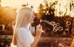 This set of presets will improve your golden hour photos. This presets work especially well with photos taken shortly before sunset (and even of the morning Bubble Pictures, Golden Hour Photos, Things To Do When Bored, Blowing Bubbles, Ways To Relax, Healthy Relationships, Landscape Photos, Lightroom Presets, Free Images