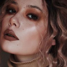 love a monochrome makeup look. love this chocolatey brown beat by ~ monochrome . Indie Makeup, Grunge Makeup, Makeup Inspo, Makeup Inspiration, Beauty Makeup, Hair Makeup, Makeup Ideas, Beauty Tips, Dark Makeup Looks