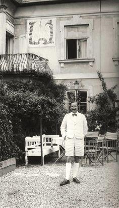 """The Impossible Exile"" review: Stefan Zweig's Overdue Revival | New Republic. #stefanzeig #authors #literature"