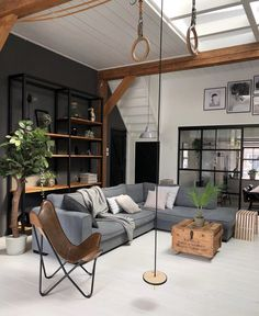 50 Casual Living Room Design Ideas On Minimalist Homes. 50 Casual Living Room Design Ideas On Minimalist Homes. When creating a design for your living room, keep in mind how the living room will be used. A living […] Home Living Room, Interior Design Living Room, Living Room Designs, Modern Interior, Casual Living Rooms, Appartement Design, Contemporary Home Decor, Minimalist Home, Minimalist Furniture