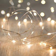 20er LED Draht Micro Lichterkette perlweiß Batteriebetrieb Lights4fun Lights4fun http://www.amazon.de/dp/B00EYDMY8K/ref=cm_sw_r_pi_dp_B6SMwb0TP4CEN