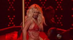 LAS VEGAS – The Billboard Music Awards featured a mix of emotional and explosive performances. The showopenedwith a 7-minute medley from Britney Spears and had other high energy performance…