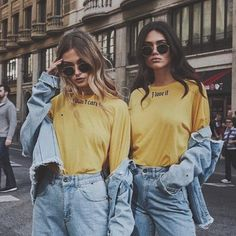 New Quotes Girl Teenagers Bff Ideas Bff Pics, Cute Friend Pictures, Best Friend Photography, Girl Photography Poses, Photography Degree, Photography Books, Christmas Photography, Photography Backdrops, Mobile Photography