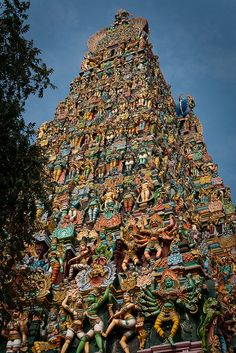 Madurai Meenakshi amman temple, one of the famous temples in South India . Ma grandpa [mom's dad] was executive officer in this temple. He was incharge of the entire temple. I miss him :( There are 4 entrances to the temple. This one is south gate. Indian Temple Architecture, Ancient Architecture, Amazing Architecture, Building Architecture, Madurai, Places To Travel, Places To Visit, Amazing India, Hindu Temple
