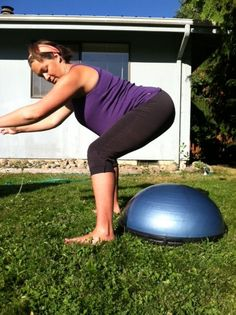 How to do squats in advanced pregnancy