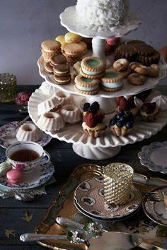 Pretty afternoon tea display  http://rstyle.me/n/d8eefnyg6 tea time, cake, tea parti, high tea, parties, teas, afternoon tea, bridal shower, vintage tea