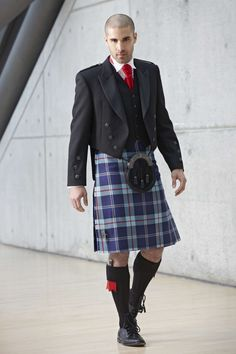Slaters are proud to introduce our new Help For Heroes Tartan Kilt available to hire in-stores now. Slaters will make a donation for every hire of the Help For Heroes Tartan to the charity. Guys In Skirts, Boys Wearing Skirts, Men In Kilts, Kilt Men, Scotland Kilt, Wedding Suits, Red Wedding, Sparkle Wedding, Scottish Dress
