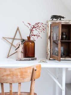 Simply rustic in The Netherlands - Kate Young Design Decor Interior Design, Interior Decorating, Chic Office Decor, Turbulence Deco, City Farm, Gravity Home, Reclaimed Furniture, Dark Walls, Old Farm