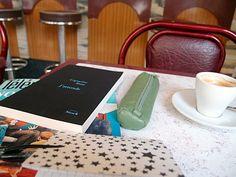 """""""J'attends"""" de Capucine Ruat au café le mercredi / Paris, novembre 2013"""