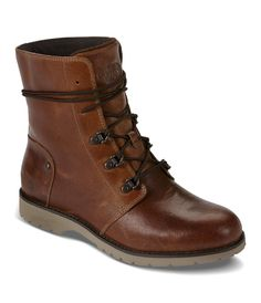 Transition through the seasons with a classic leather boot that's comfortable and lightweight for all-day outdoor wear. - Classic leather boot - Upper/ PU-coated leather upper - Wrap-around lace detai