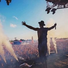 Like Mike, Dubstep, House Music, Dance Music, Electronic Music, Trumpet, Music Artists, Tomorrow Land, Festival Party