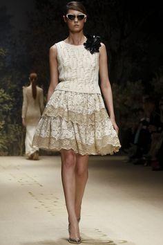 Laura Biagiotti Ready To Wear Spring Summer 2014 Milan - NOWFASHION