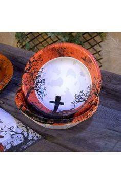 Graveyard Gathering Party Bowls - Perfect for a Adult or Teenage party matching tableware and decorations available.