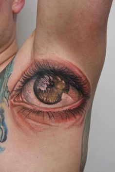 Eye tattoo par excellence dont you think? and Ouch of course Funny Tattoos, Great Tattoos, Wicked Tattoos, Awesome Tattoos, Armpit Tattoo, Places To Get Tattoos, Tattoo Designs, Tattoo Spirit, Inked Magazine