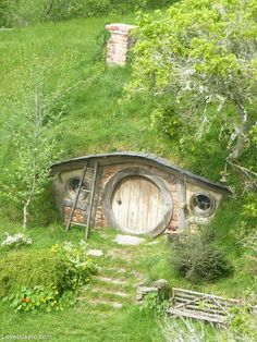 Hobbit Home nature house fairytale hobbit soddy covered