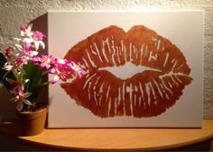 Lips of Gold Canvas Art by CleverMakings on Etsy, €25.00