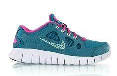uk availability 8edd4 b0fad Nike Free 5.0 GS  ripstop nylon, mesh, and leather build. Nike Free