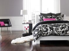 Contemporary bedroom in black and white with pink accents Accent Couch And Pillow Ideas For A Cool Contemporary Home.I would do purple though instead of the pink! Dream Bedroom, Girls Bedroom, Bedroom Decor, Bedroom Ideas, Master Bedrooms, Bedroom Designs, Black Decor, White Decor, Black White Bedrooms