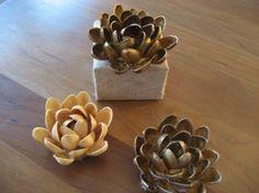 3D flowers from pistachio shells