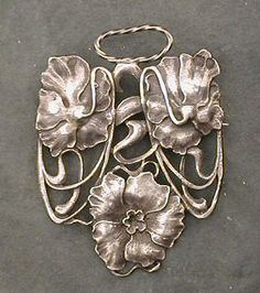 Art Nouveau - sterling brooch