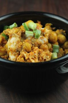 Slow Cooker Turkey and Chickpea Chili is yummy! Recipe #turkeychili #slowcookerchili