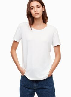 This is a short-sleeve t-shirt made with Wilfred Free's signature fabric, Reposa™, a luxe jersey knit that hangs beautifully and skims the body in a flattering way. Latest T Shirt, T Shirts For Women, Clothes For Women, White Tees, American Apparel, Perfect Fit, Long Sleeve, Shopping, Tops
