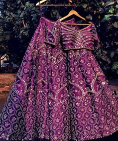 A summer wedding wardrobe is indeed incomplete without some lightweight lehenga. Attractive light purple color lehenga with designer blouse and net dupatta. Dupatta with sequins. This designer Lehenga gives you an elegant look. Indian Wedding Wear, Indian Bridal Outfits, Indian Designer Outfits, Indian Dresses, Designer Bridal Lehenga, Bridal Lehenga Choli, Indian Lehenga, Red Lehenga, Purple Lehnga