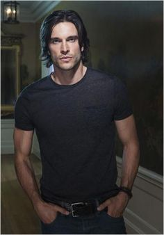 Daniel Di Tomasso from Witches of East End...seriously one of the most beautiful men I've ever seen