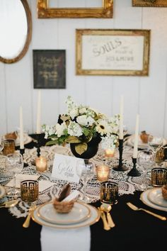 Vintage Glam black and gold Cedarwood Weddings