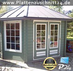Fenster für Gartenlaube mit PLEXIGLAS®