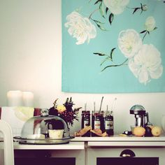 Turquoise, watercolor flowers, cake dome, jam with long spoons, juicer