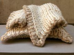 MarinaC -  soft handknitted blanket in merino wool - made to order - shop.marinac.it #marinacmilano