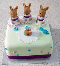 Bespoke birthday cakes for all occasions from Frog Hollow Catering