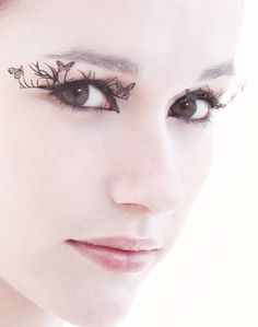 laser cut eyelashes.