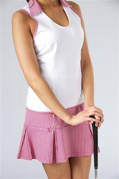 Yes, please!! Pink Herringbone pleated compression golf skort and sleeveless top | #golf4her