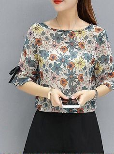 Women's Going out Cotton Blouse - Floral 2020 - THB Blouse Neck Designs, Blouse Online, Cotton Blouses, Floral Blouse, Going Out, Style Me, Chiffon, Fashion Outfits, Crop Tops