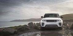 The Range Rover Evoque is the fastest selling vehicle of the Land Rover family, and the latest version is the most efficient production model the British brand has ever made. The 2016 Range Rover Evoque thankfully sticks to its winning design, only a Land Rovers, Land Rover Car, Range Rover Evoque 2015, Suv Range Rover, Ranger, New Land Rover Defender, International Scout Ii, Automobile, Custom Bikes
