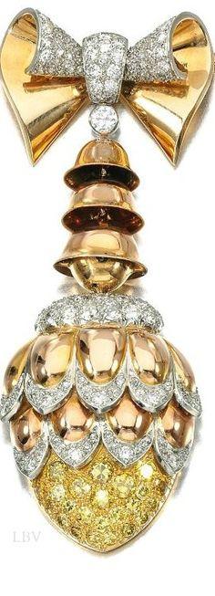 Boucheron. Lot 194 – Ruby and diamond clip, 1950s   LBV ♥✤